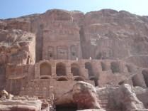 A maior tumba das tumbas reais: 17 x 19 m. De 70 AD