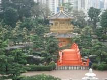 Pavilhão da Absoluta Precisão que fica no centro do Lago Lotus